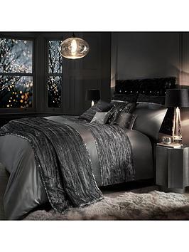 kylie-minogue-zander-housewife-pillowcase-pair
