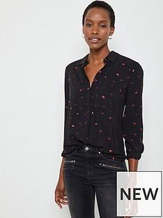 mint-velvet-foil-lips-print-shirt-black