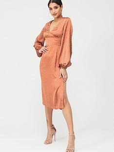 in-the-style-in-the-style-polka-dot-satin-balloon-sleeve-midi-dress-peach
