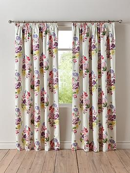 wendy-tait-bouquet-blackout-3-inch-pleated-curtains