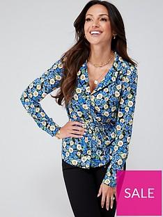 michelle-keegan-tie-waist-printed-shirt-blue-floral