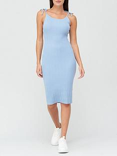 missguided-textured-knit-midi-dress-blue
