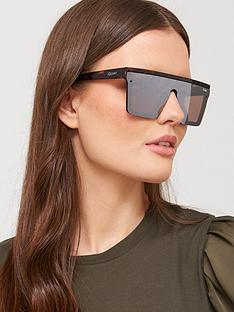 quay-australia-hindsight-shield-sunglasses