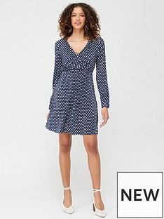 v-by-very-long-sleeve-plisse-dress-navy-print