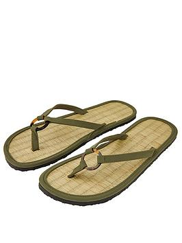 accessorize-resin-ring-seagrass-flip-flop-khaki