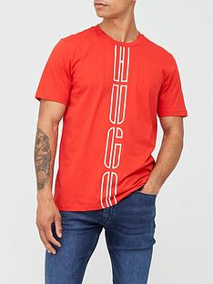hugo-darlon-large-centre-logo-t-shirt-red