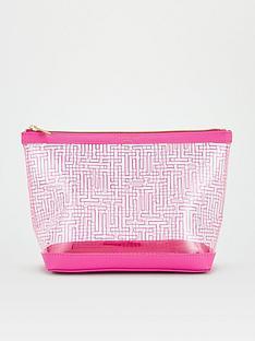 ted-baker-t-branded-washbag-pink