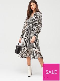 river-island-ruffle-shirt-midi-dress-mono-print