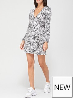 v-by-very-plisse-wrap-mini-dress-black-floral-print