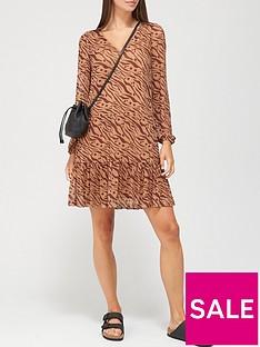 v-by-very-mesh-v-neck-mini-dress-tiger-print