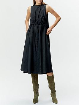 gestuz-sori-pleat-detail-midi-dress-black
