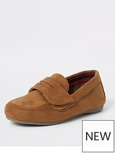 river-island-mini-mini-boys-velcro-strap-loafers-tan