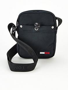 tommy-jeans-tjm-campus-boy-mini-reporter-bag-black