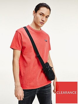 tommy-jeans-washed-logo-t-shirt-red
