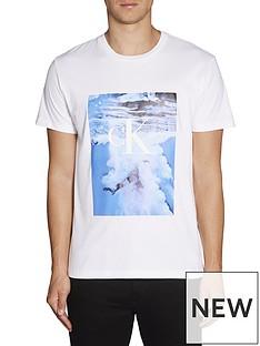 calvin-klein-jeans-wave-photoprint-t-shirt