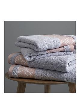 catherine-lansfield-linear-diamond-towel-bale