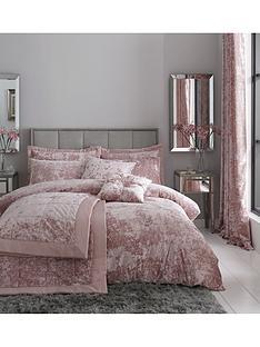 catherine-lansfield-crushed-velvet-duvet-cover-set-in-pink
