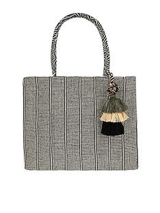 accessorize-meera-tassel-shopper-bag-blackwhite