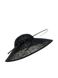 accessorize-making-a-statement-hat
