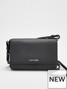 calvin-klein-must-ph-crossbody-bag-black