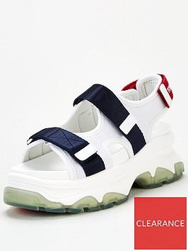 tommy-jeans-sporty-chunky-sandal-white