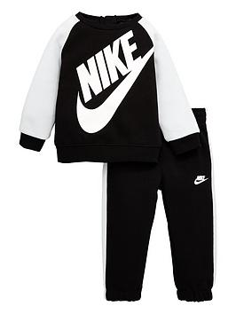 nike-infant-boy-oversized-futura-crew-set-blackwhite