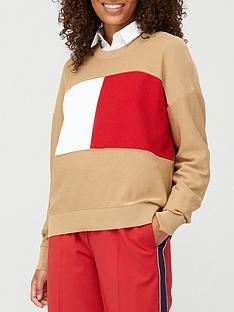 tommy-hilfiger-icon-flag-crew-neck-sweater-khaki