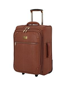 it-luggage-compelling-tan-cabin-suitcase