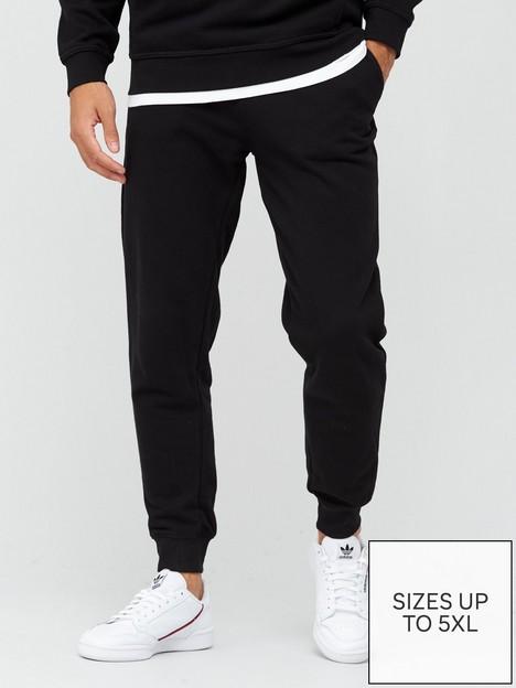 very-man-essential-jogger-black