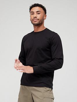 very-man-essentials-long-sleeve-t-shirt-black