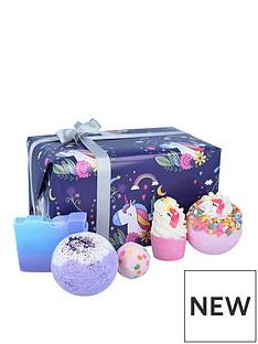 bomb-cosmetics-bomb-cosmetics-unicorn-nights-bath-bomb-giftset