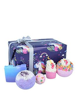bomb-cosmetics-unicorn-nights-bath-bomb-gift-set