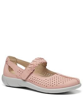 hotter-quake-mary-jane-shoes-blush