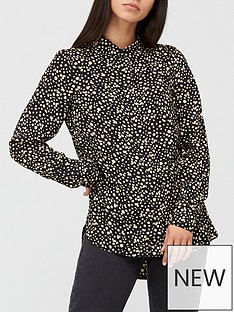 v-by-very-printed-shirt-spot-print