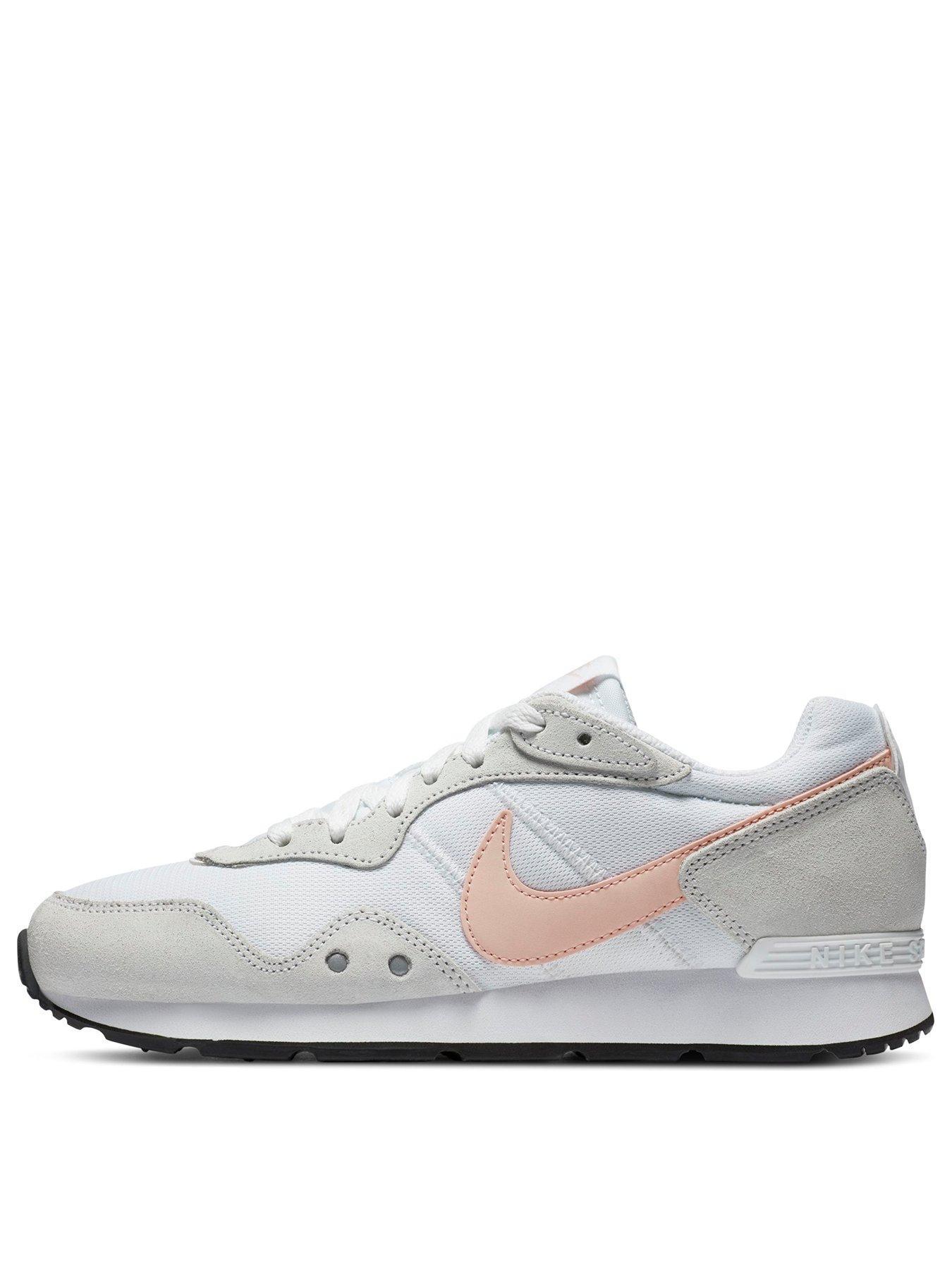 white trainer sale