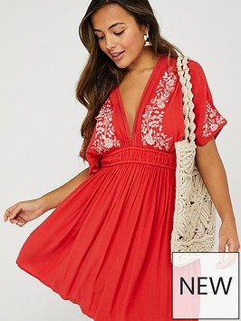 accessorize-geo-lace-embroidered-kaftan-red