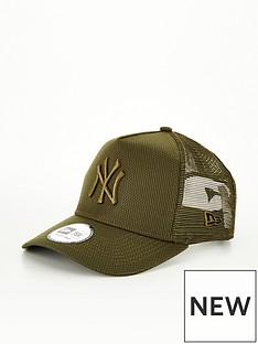 new-era-diamond-era-new-york-yankees-trucker-khaki