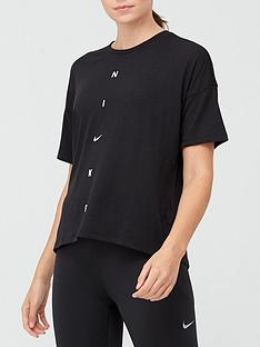 nike-training-pronbspoversized-t-shirt-blacknbsp