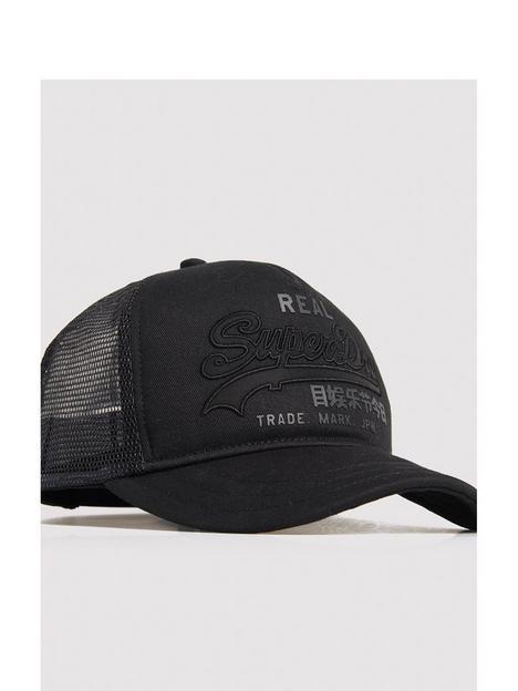 superdry-vintage-logo-trucker-cap-black