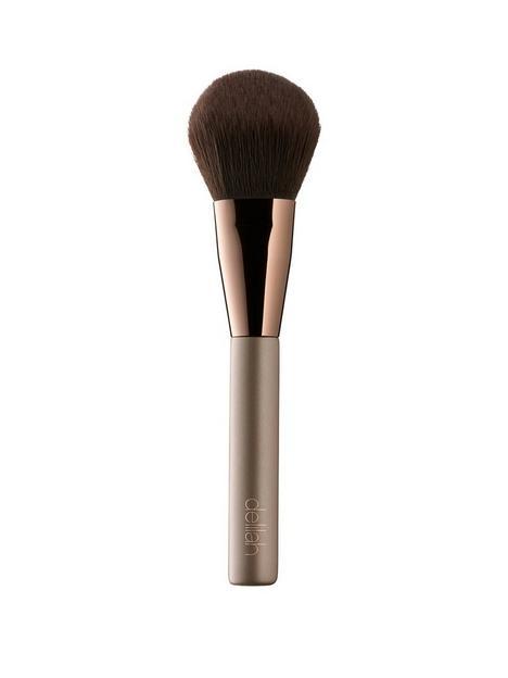 delilah-large-powder-brush
