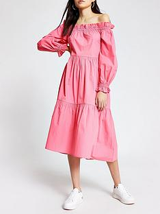 river-island-bardot-puff-sleeve-tiered-midi-dress-pink
