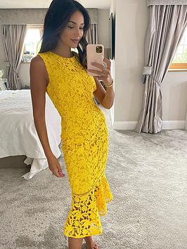 michelle-keegan-fluted-hem-lace-pencil-dress-yellow