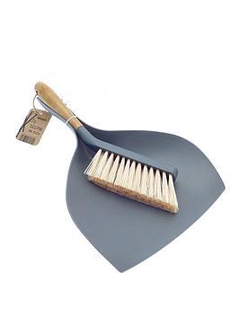bamboo-dustpan-and-brush-set