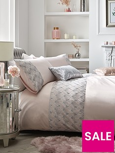 sequin-embellished-duvet-cover-set