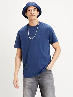 levis-authentic-crewneck-t-shirt