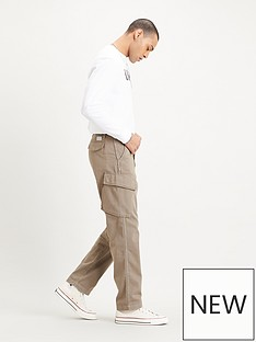 levis-utility-pocket-chino-neutral