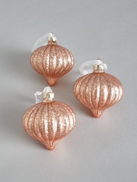 set-of-3-glass-metallic-pink-baubles