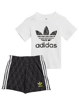 adidas-originals-short-set