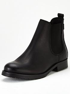 barbour-international-pueblo-ankle-boot-black