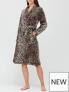 v-by-very-all-over-leopard-printnbspdressing-gown-animal-print